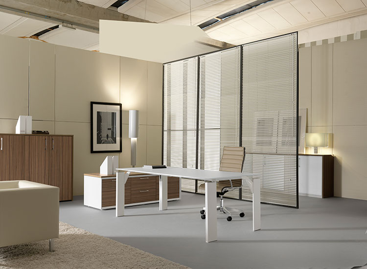 Arredamenti uffici mobili per ufficio a milano e in altre for Mainini arredamenti